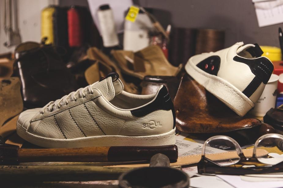 adidas_Consortium_Tour_Kasina_05_Instagr_1566_x_2000_c20c06f1-783f-464a-866c-7435ea03e55c